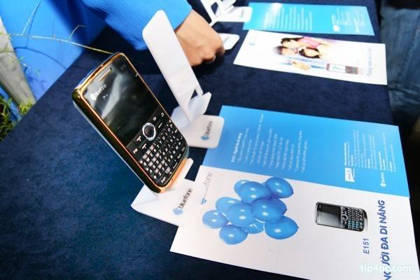 Ra mắt Bluefone, điện thoại thương hiệu Việt
