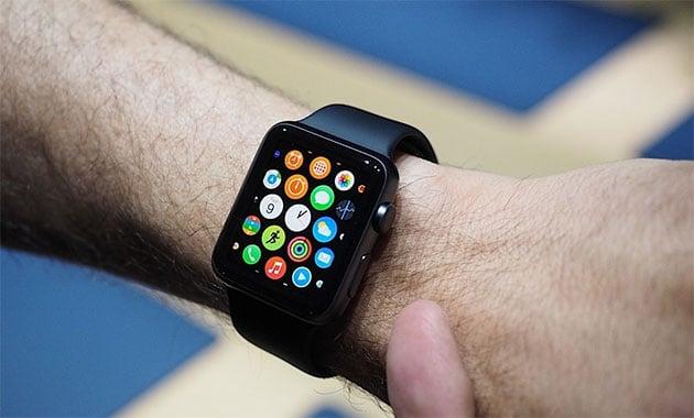 Apple Watch sẽ được chuyển đến tay người dùng vào tháng Tư?