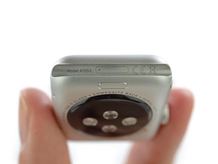 techsignin-ben-trong-apple-watch-11