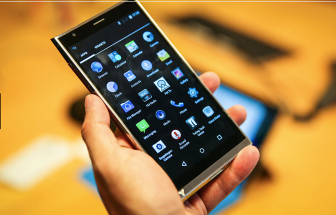turing-phone-smartphone-lam-tu-kim-loai-long-doc-dao-bao-mat-sieu-tot-1