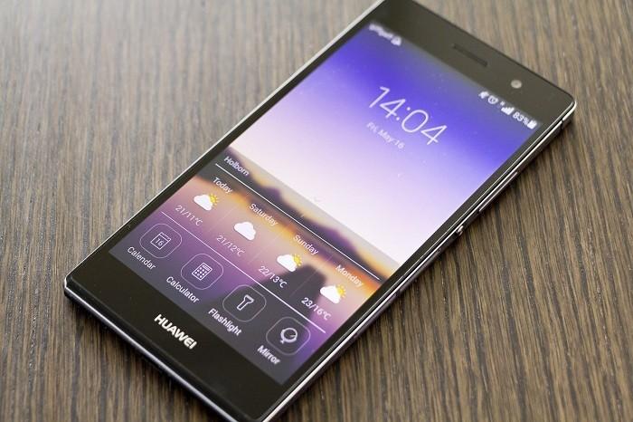 uu-nhuoc-diem-cua-cac-loai-chat-lieu-vo-smartphone-1