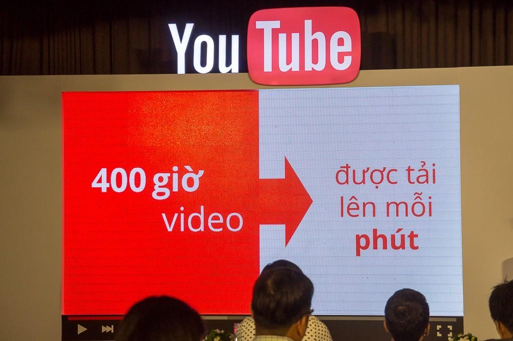 youtube-sinh-nhat-1-nam-tai-vietnam-10