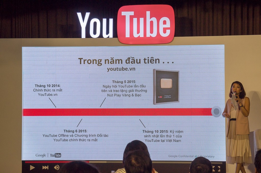 youtube-sinh-nhat-1-nam-tai-vietnam-12