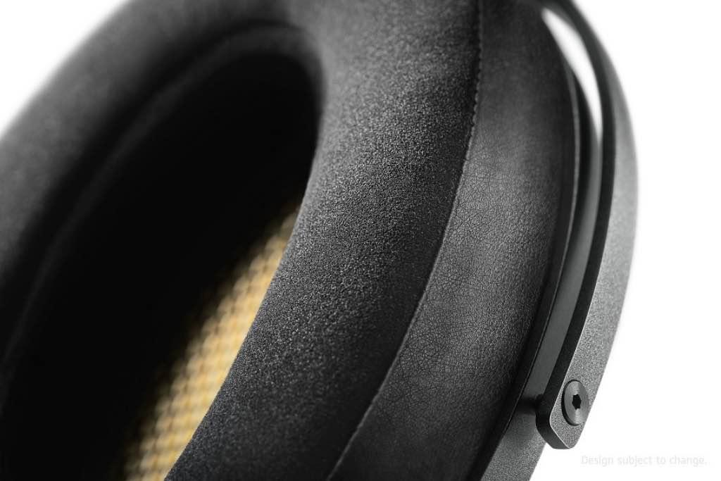 Sennheiser-HV1060-HEV1060-Detail_shot_earpad_04_RGB (1)