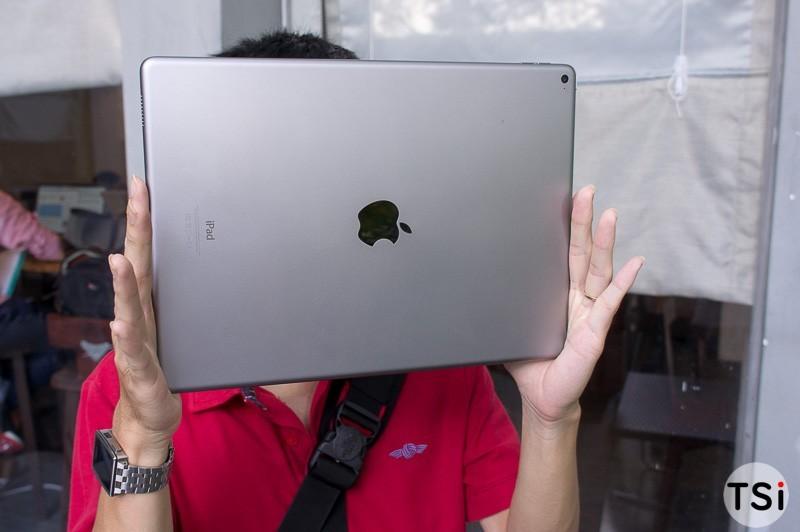 tren-tay-iPad-Pro-08