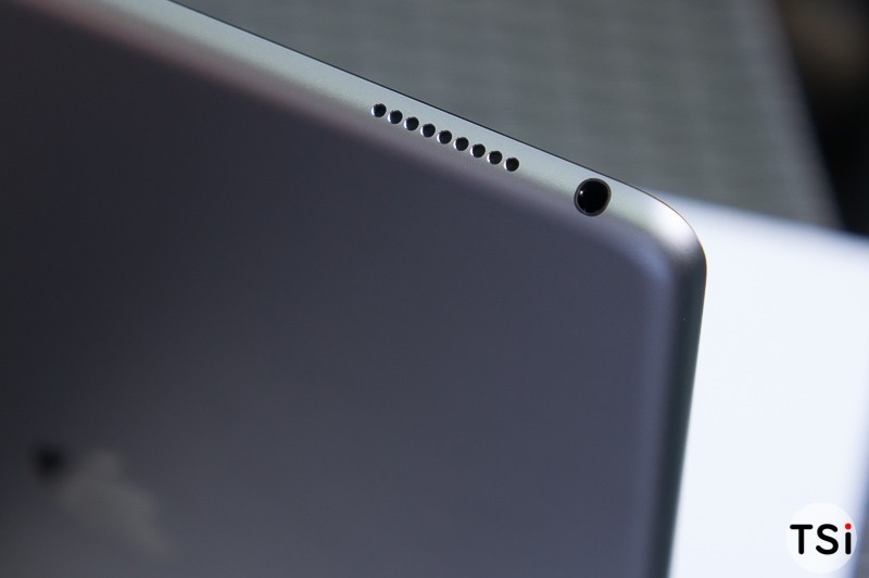 tren-tay-iPad-Pro-20