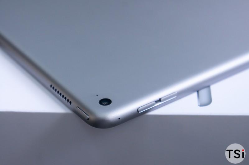 tren-tay-iPad-Pro-22