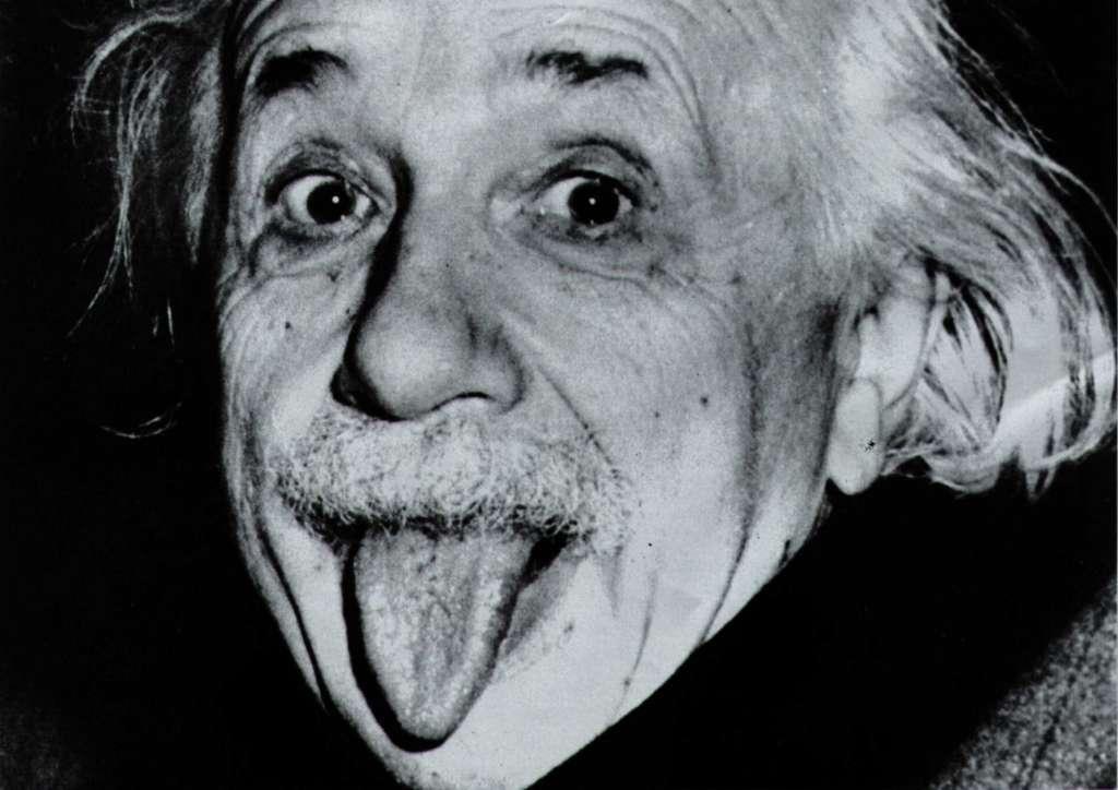 Chuyện ít ai biết về bức ảnh Albert Einstein thè lưỡi