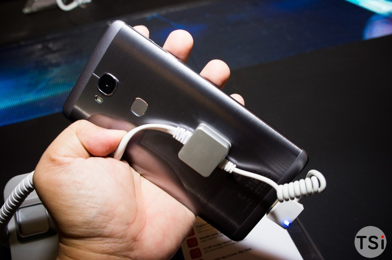 Huawei Mate 8 và Huawei GR5 ra mắt: cảm biến vân tay, sạc nhanh, chụp ảnh nhiều chế độ