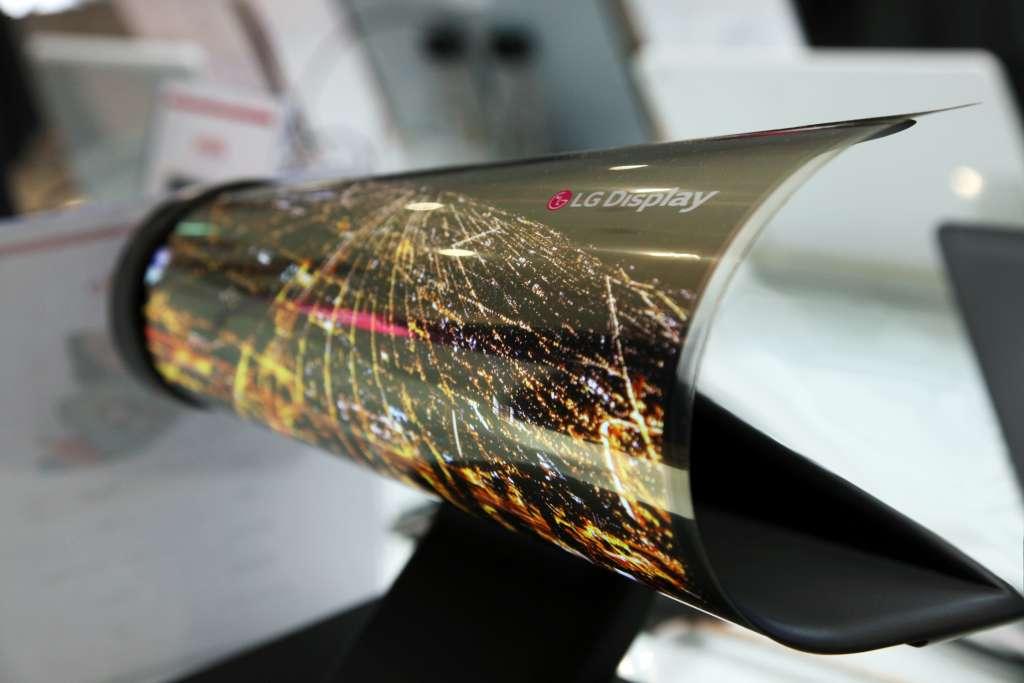 LG sẽ trình diễn màn hình OLED cuộn tại CES tới