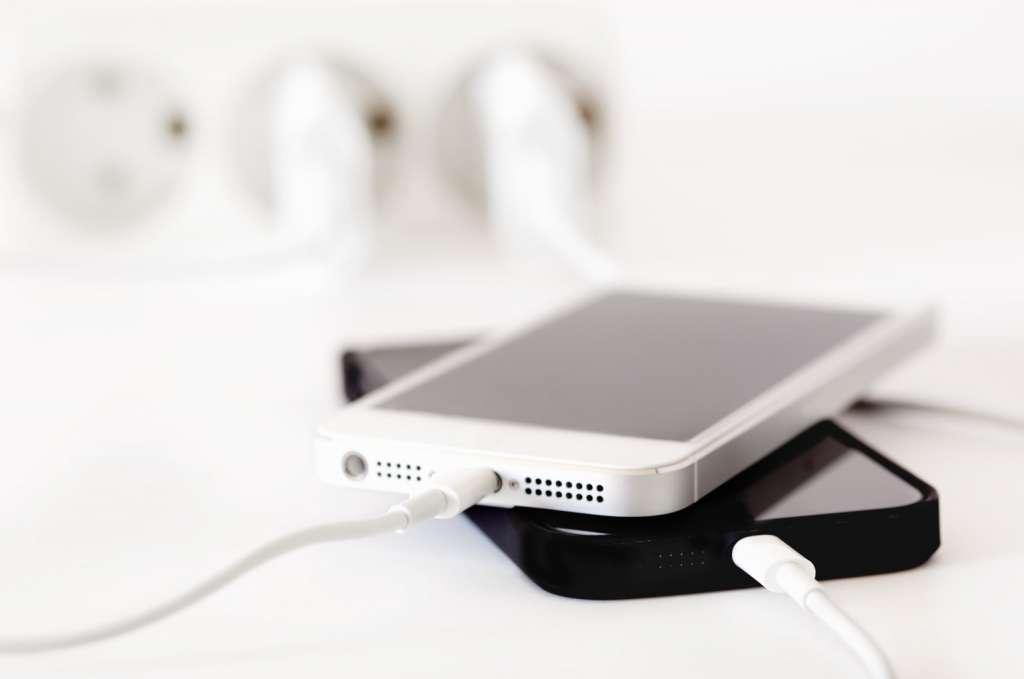 4 cách để sạc nhanh cho iPhone bạn nên biết để tiết kiệm thời gian