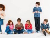 Trẻ em không thể phát triển nhân cách tốt khi lạm dụng thiết bị điện tử quá sớm