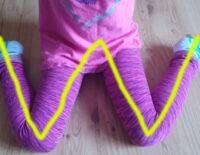 Những ảnh hưởng tiêu cực từ dáng ngồi chữ W của con bạn mỗi ngày
