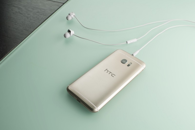 HTC 10 chính thức: vẫn mạnh, thiết kế ổn nhưng chưa đột phá