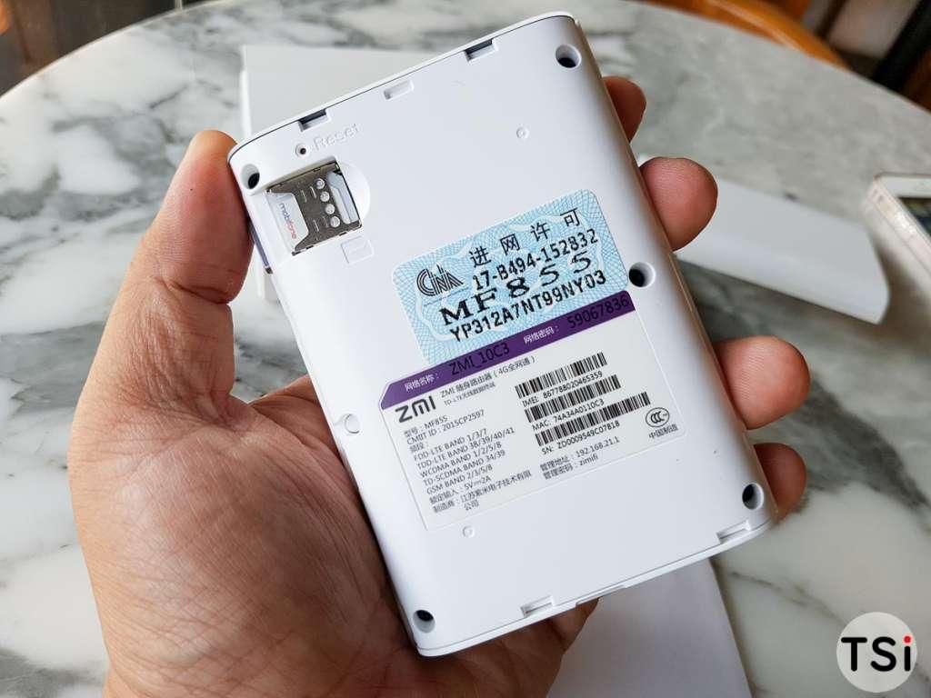 Ảnh thực tế Xiaomi Zmi MF855: phát WiFi kiêm pin dự phòng