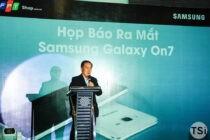 FPT Shop độc quyền bán trực tuyến smartphone Samsung Galaxy On7: 4 triệu đồng với nhiều ưu đãi