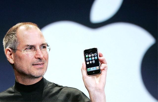 Vậy là iPhone đã tròn 9 tuổi, và nó vẫn là chiếc điện thoại được người dùng thèm khát