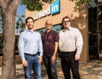 Microsoft bất ngờ mua lại LinkedIn với giá 26,2 tỷ USD