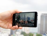 Infinix chào thị trường với Hot 3 LTE, vòng theo dõi sức khỏe và tai nghe chống ồn