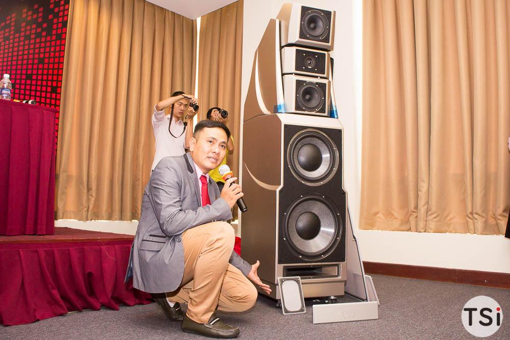 Đông Thành - Hòa Phúc Audio giới thiệu cặp loa hi-end giá 5,5 tỷ đồng