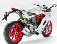 Ducati 939 SuperSport 2017 được chính thức ra mắt, giá từ 13.000 USD