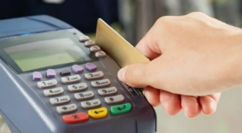Bị quẹt thẻ trừ gần 700 triệu đồng sau khi ăn nhà hàng ở Quận 1