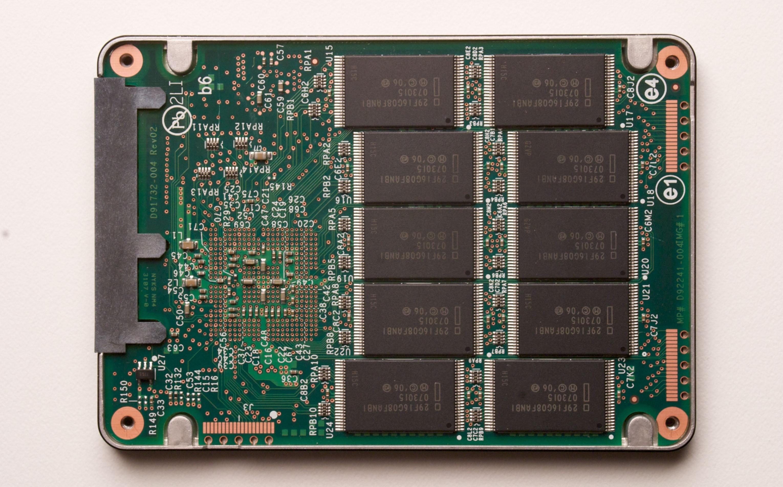 Thay ổ cứng SSD: cách nhận biết khi ổ SSD đến lúc phải thay thế