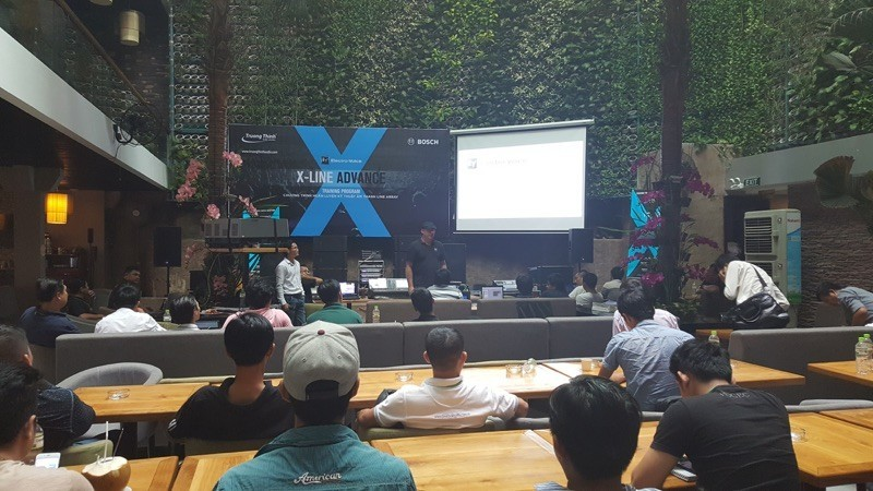 Electro-Voice ra mắt dòng sản phẩm loa line array X-Line Advance X2