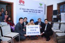 Huawei trao tặng phòng máy tính cho Trung tâm Nghị Lực Sống