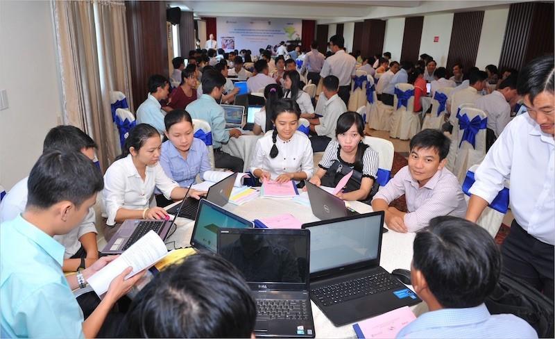 Microsoft phổ cập khoa học máy tính cho giáo viên tại Sóc Trăng, Kiên Giang