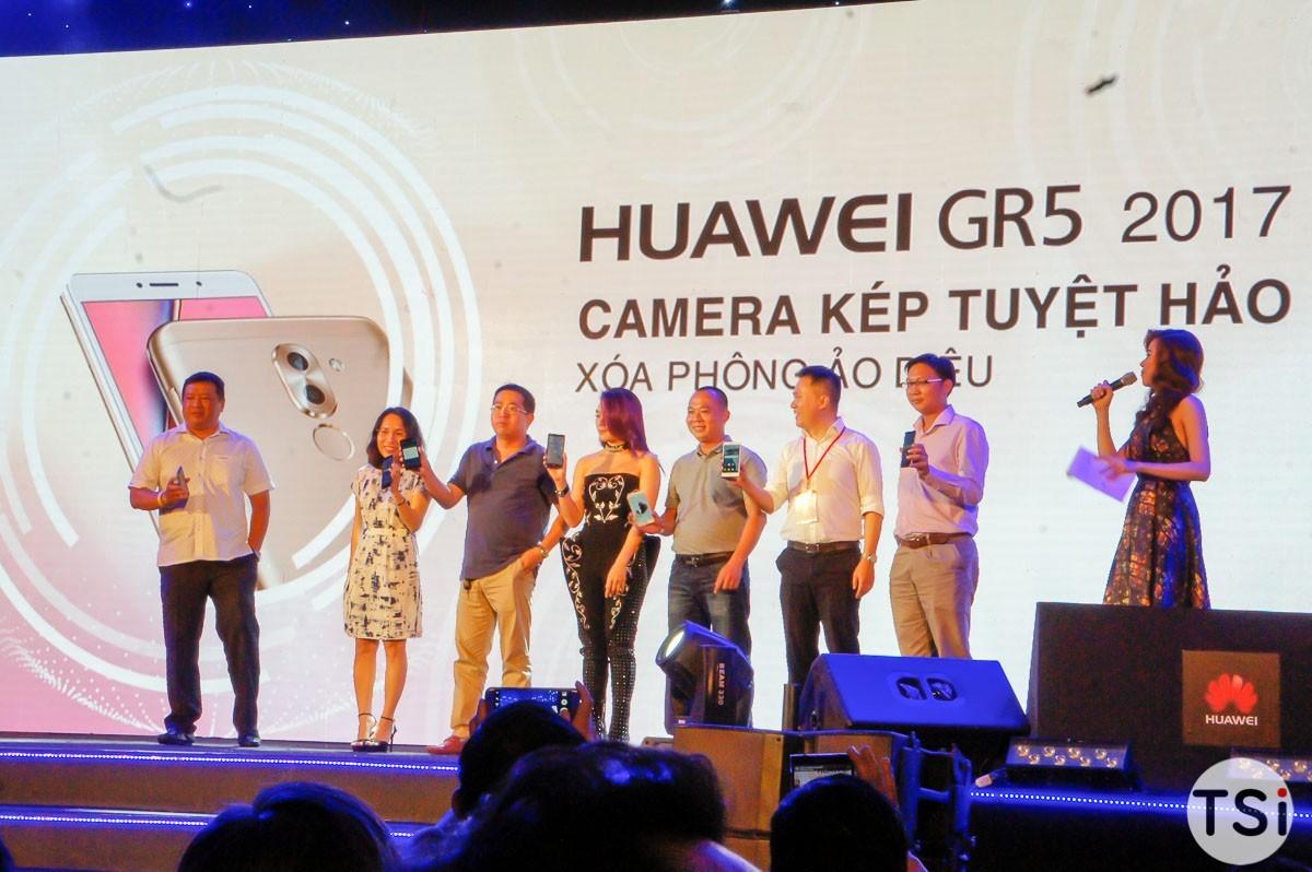 Huawei GR5 2017 chính thức giá 6 triệu đồng: camera kép, pin 3340mAh, bán từ 10/12