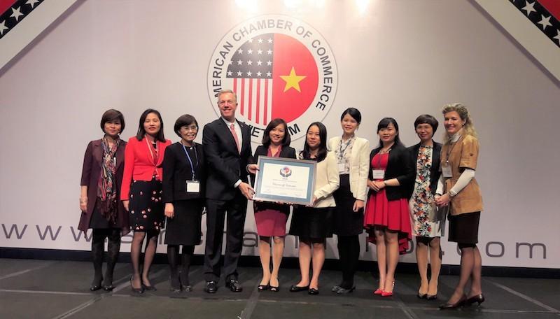 Năm thứ hai Microsoft Việt Nam nhận giải cống hiến cho cộng đồng