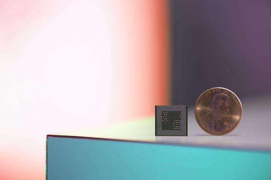 CES 2017: Ra mắt Qualcomm Snapdragon 835 siêu nhỏ, siêu tính năng