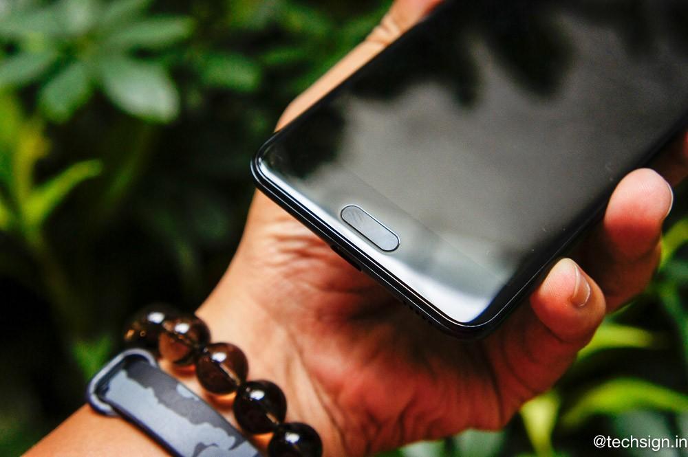 Ra mắt HTC U Ultra và U Play, bán ở Việt Nam cuối tháng 2