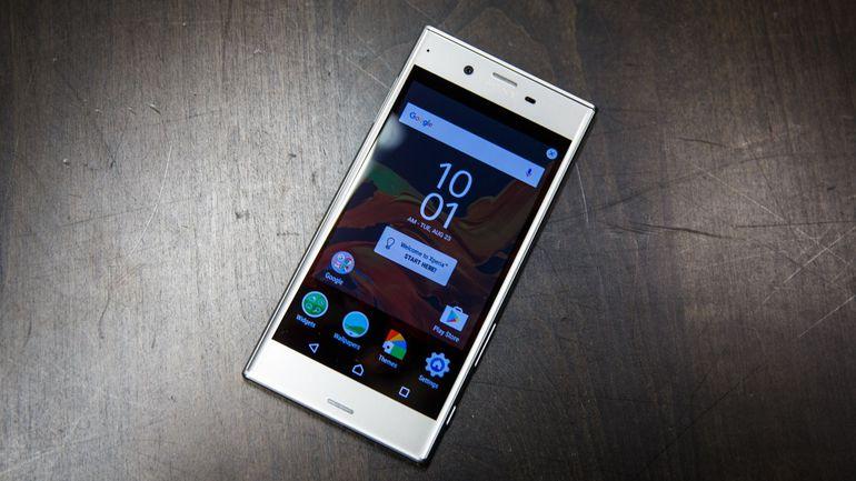 Sony sẽ ra mắt điện thoại dùng màn hình OLED vào năm 2018