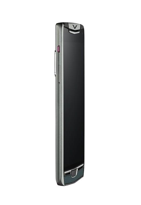 Vertu ra mắt smartphone Constellation mới chế tác thủ công