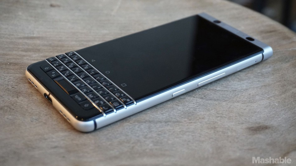 Hình ảnh thực tế của BlackBerry KEYone