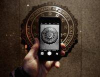 Hacker đã lấy công cụ bẻ khoá iPhone của FBI liên quan đến vụ xả súng
