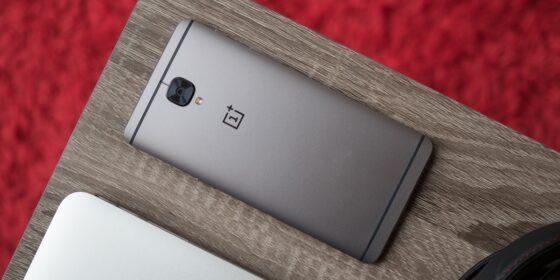 Lí do khiến những mẫu smartphone Android mới chạy hệ điều hành cũ