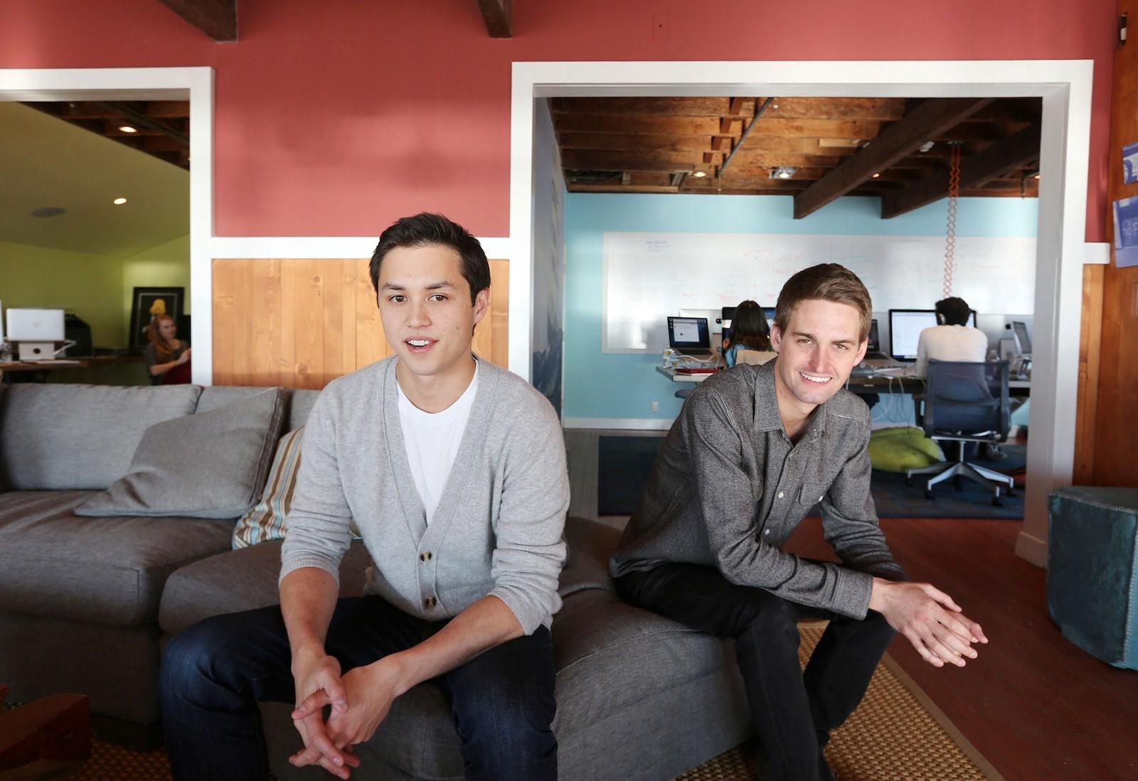 Đôi bạn thân tạo ra Snapchat và trở thành tỷ phú đô la tuổi 25