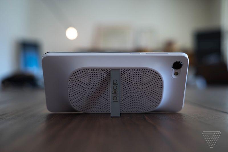 Alcatel ra mắt 3 mẫu smartphone U5, A3 và A5 LED tại MWC 2017