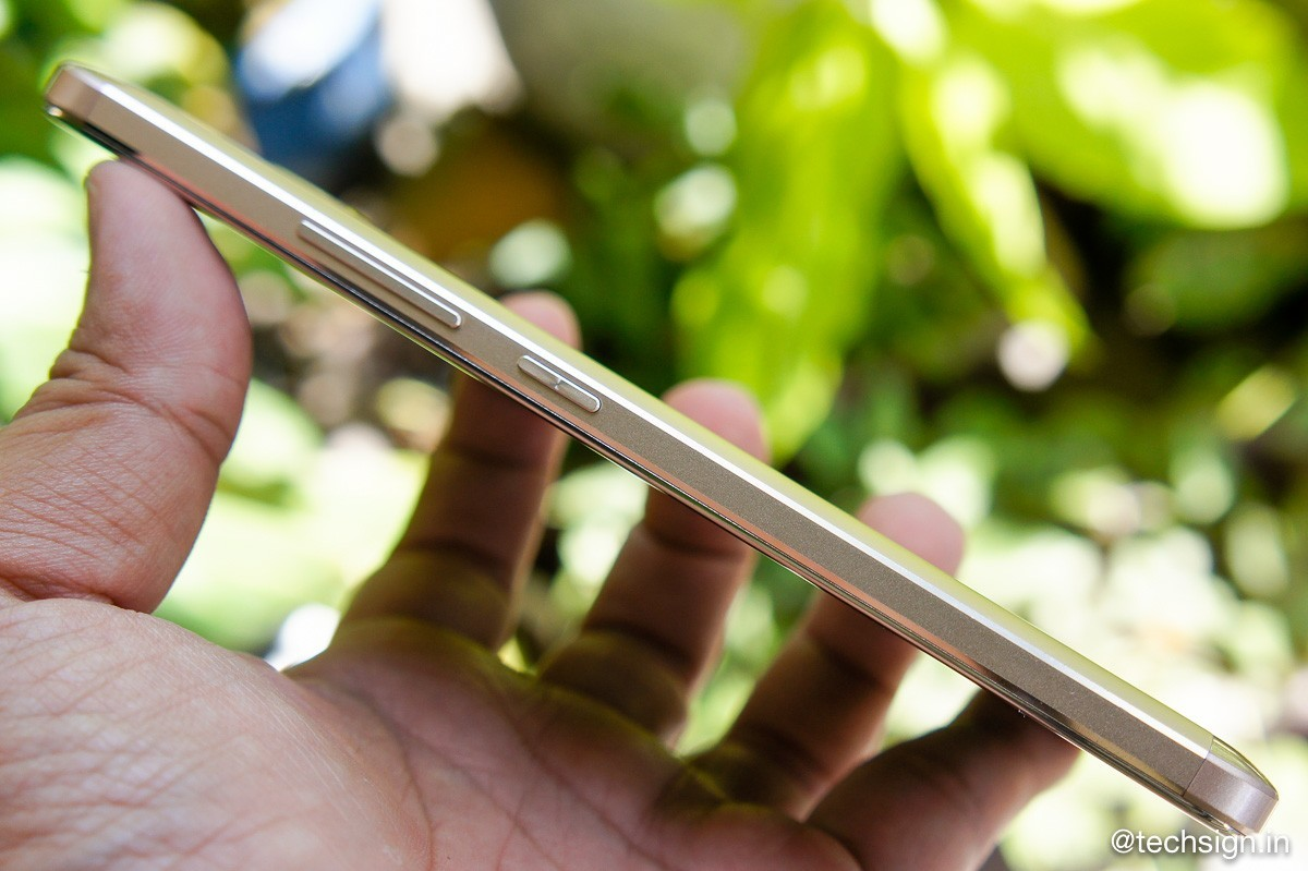 Ảnh thực tế smartphone W S1