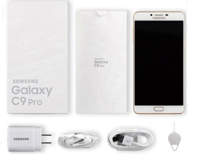 Samsung Galaxy C9 Pro chính thức mở bán