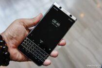 Sờ tận tay BlackBerry KeyOne: bàn phím cứng vẫn rất lôi cuốn