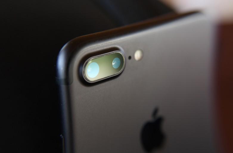 """Thêm một nhà cung ứng linh kiện điêu đứng vì bị Apple """"nghỉ chơi"""""""