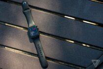 Doanh số Apple Watch đạt gần gấp đôi so với năm ngoái