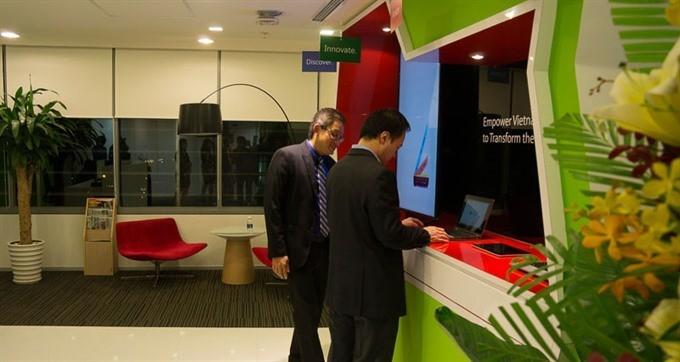 Microsoft trợ cấp vắng mặt cho nhân viên vì vấn đề gia đình