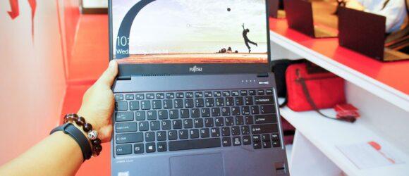 Fujitsu Lifeboook U937