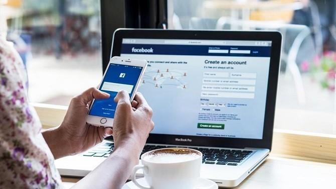 Bạn thuộc nhóm nào trong 4 nhóm người dùng Facebook này?