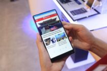 Mi Mix: Smartphone cao cấp nhất của Xiaomi giảm giá hơn 4 triệu đồng